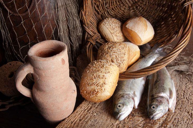 bread fish wine