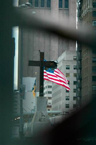 wtc-cross-flag-911
